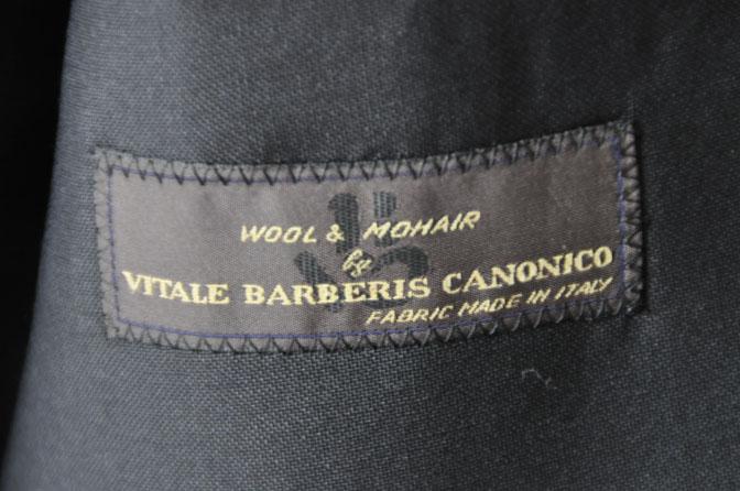 DSC27012 スーツの紹介-CANONICO wool mohair 無地ブラックスリーピース- 名古屋の完全予約制オーダースーツ専門店DEFFERT