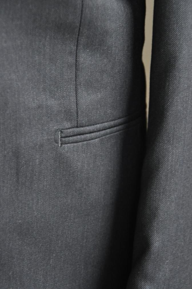 DSC27021 お客様のスーツの紹介-チャコールグレースリーピース-