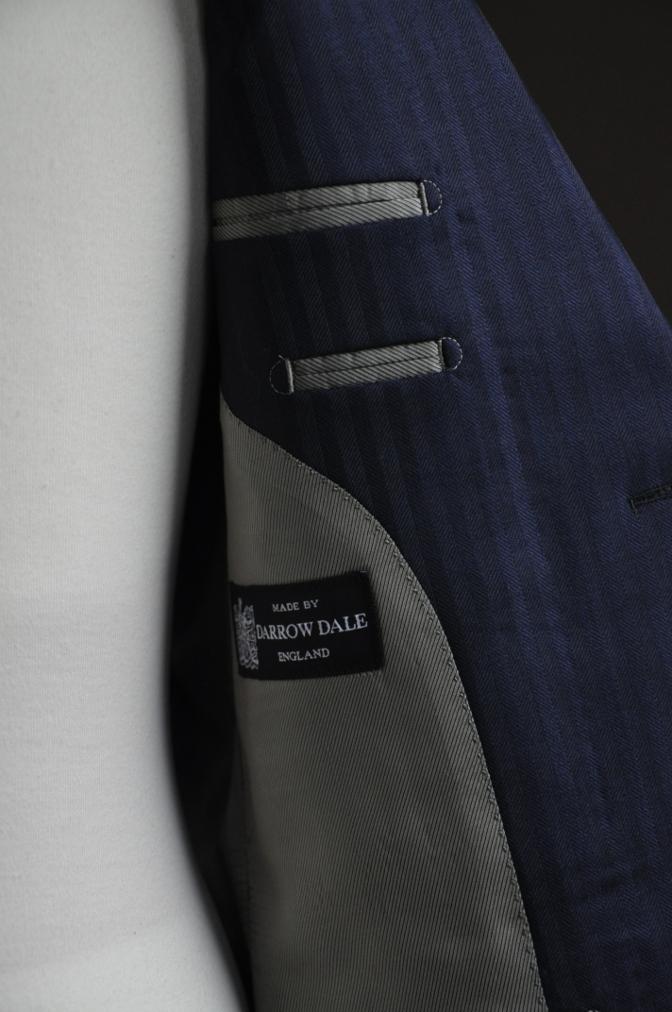 DSC2711 お客様のスーツの紹介-DARROW DALE ネイビーシャドウストライプ- 名古屋の完全予約制オーダースーツ専門店DEFFERT