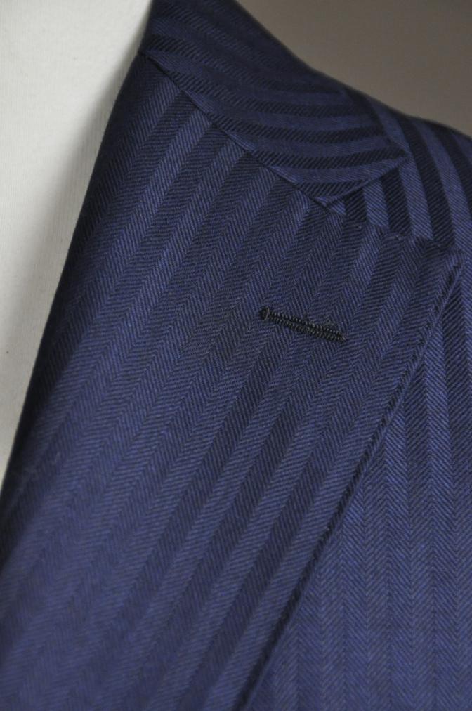 DSC2713 お客様のスーツの紹介-DARROW DALE ネイビーシャドウストライプ-