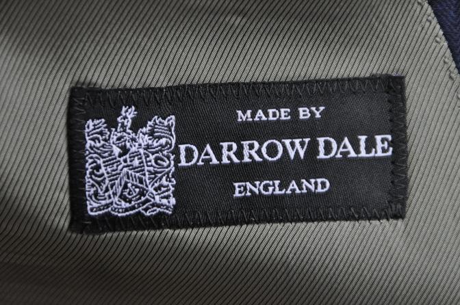 DSC2723 お客様のスーツの紹介-DARROW DALE ネイビーシャドウストライプ- 名古屋の完全予約制オーダースーツ専門店DEFFERT