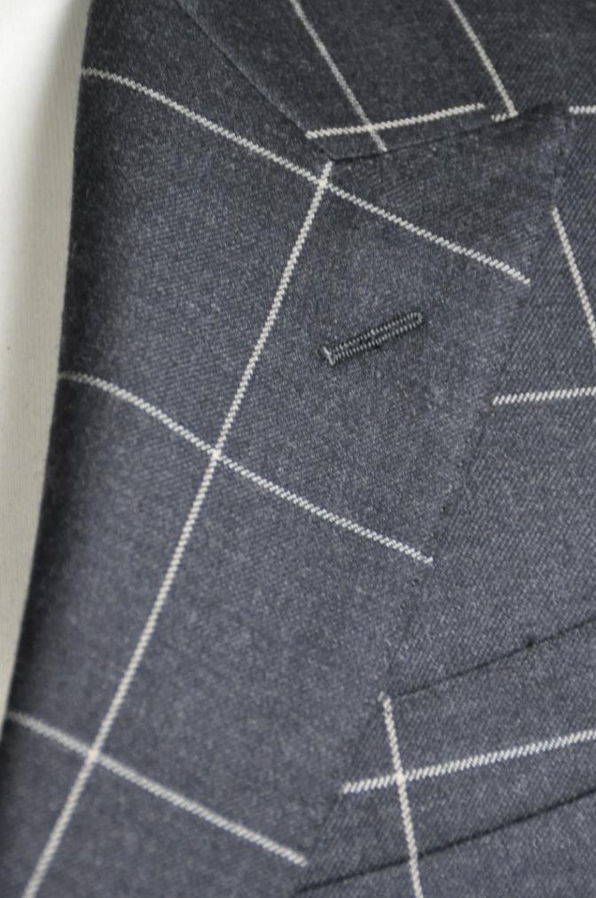 DSC2726 スーツの紹介-チャコールグレーウインドペーンダブルスーツ-