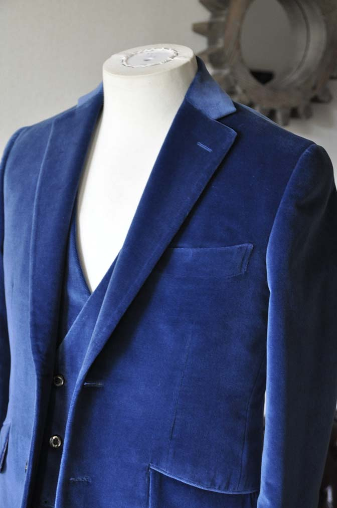 DSC2727-1 お客様のパーティー用スーツの紹介- NIEDIECK ネイビーベルベットスリーピース- 名古屋の完全予約制オーダースーツ専門店DEFFERT