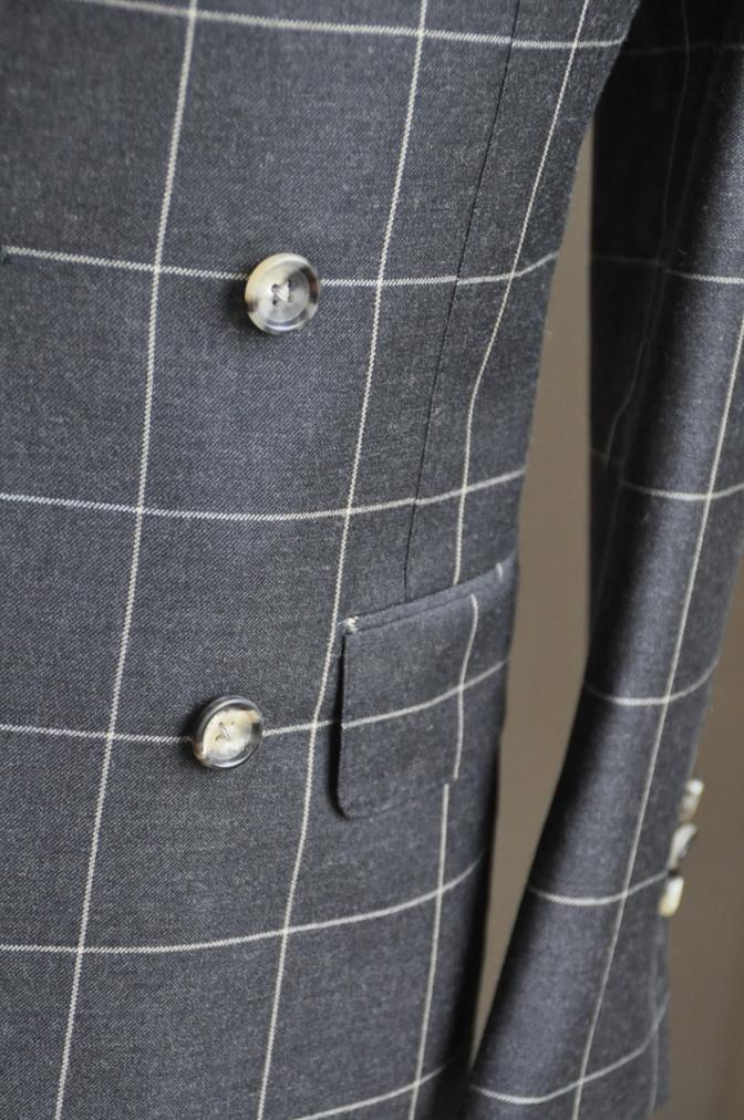 DSC2731 スーツの紹介-チャコールグレーウインドペーンダブルスーツ-