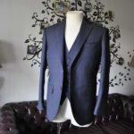 お客様のスーツの紹介-Biellesiネイビーチェック スリーピース-