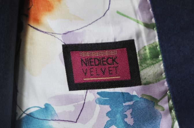DSC2739 お客様のパーティー用スーツの紹介- NIEDIECK ネイビーベルベットスリーピース- 名古屋の完全予約制オーダースーツ専門店DEFFERT