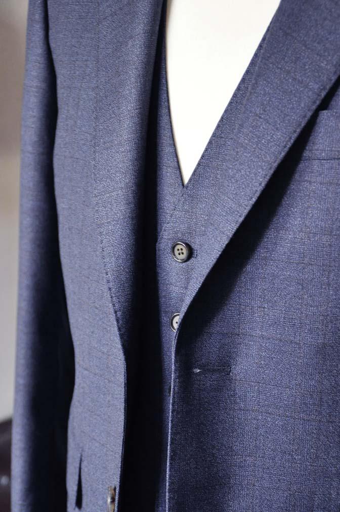 DSC2741-3 お客様のスーツの紹介-Biellesiネイビーチェック スリーピース-