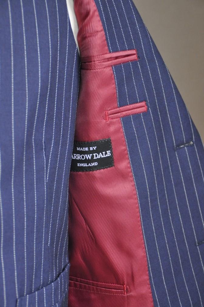DSC27431 お客様のスーツの紹介-DARROW DALE ネイビーピンストライプ-