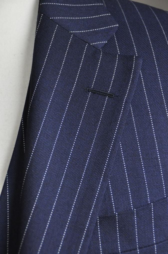 DSC2745 お客様のスーツの紹介-DARROW DALE ネイビーピンストライプ-