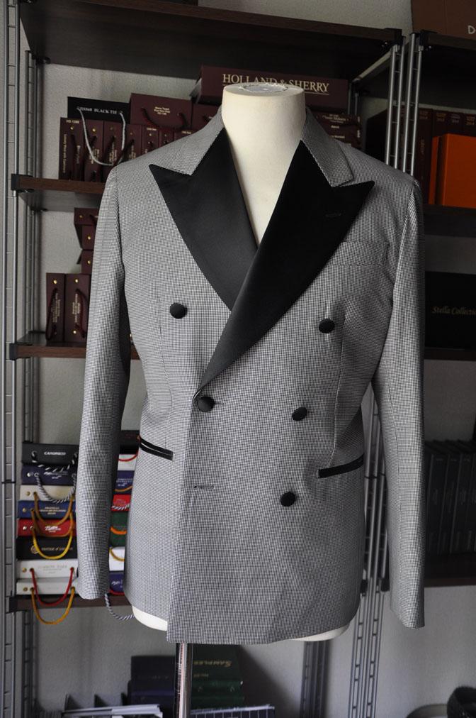 DSC2747 お客様のウエディング衣装の紹介-CANONICO 千鳥格子ダブルタキシード-