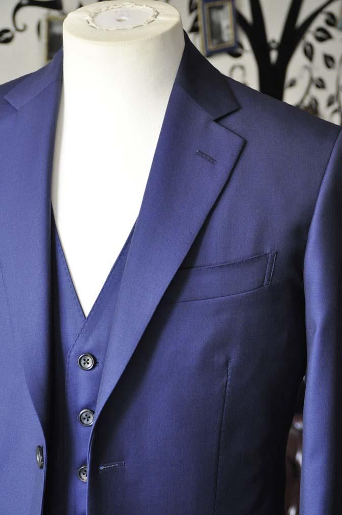 DSC2754-2 お客様のスーツの紹介-CANONICO 無地ネイビースリーピース-