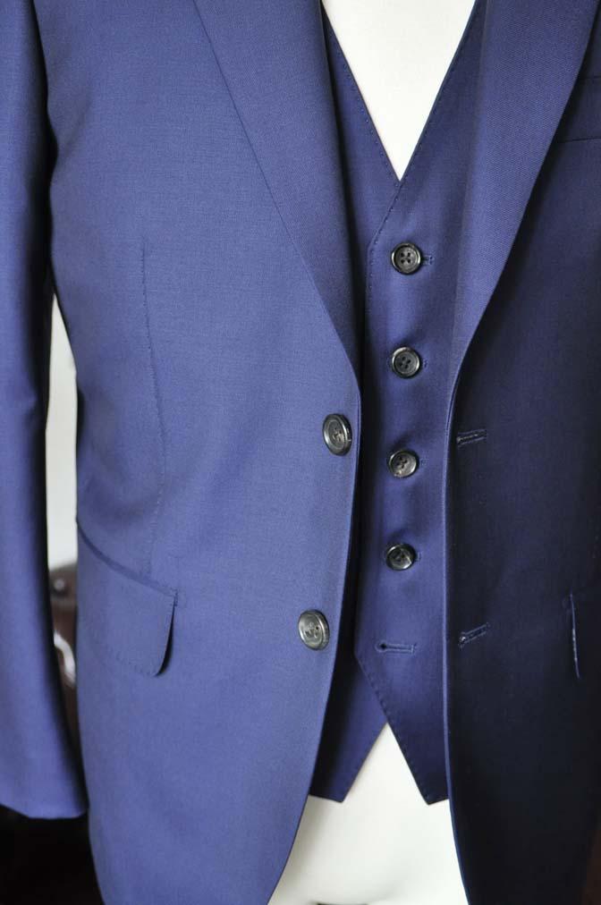 DSC2757-2 お客様のスーツの紹介-CANONICO 無地ネイビースリーピース-