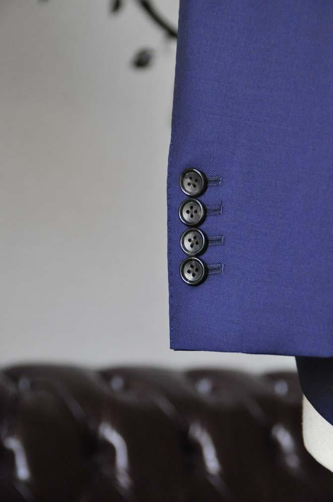 DSC2759-1 お客様のスーツの紹介-CANONICO 無地ネイビースリーピース-