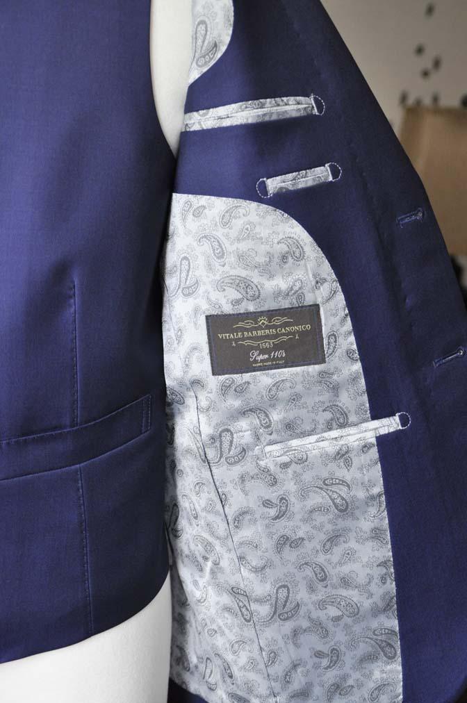 DSC2761-1 お客様のスーツの紹介-CANONICO 無地ネイビースリーピース-