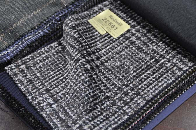 DSC2762-1 2018AW 生地バンチ入荷   「Jacket Collection M」 名古屋の完全予約制オーダースーツ専門店DEFFERT