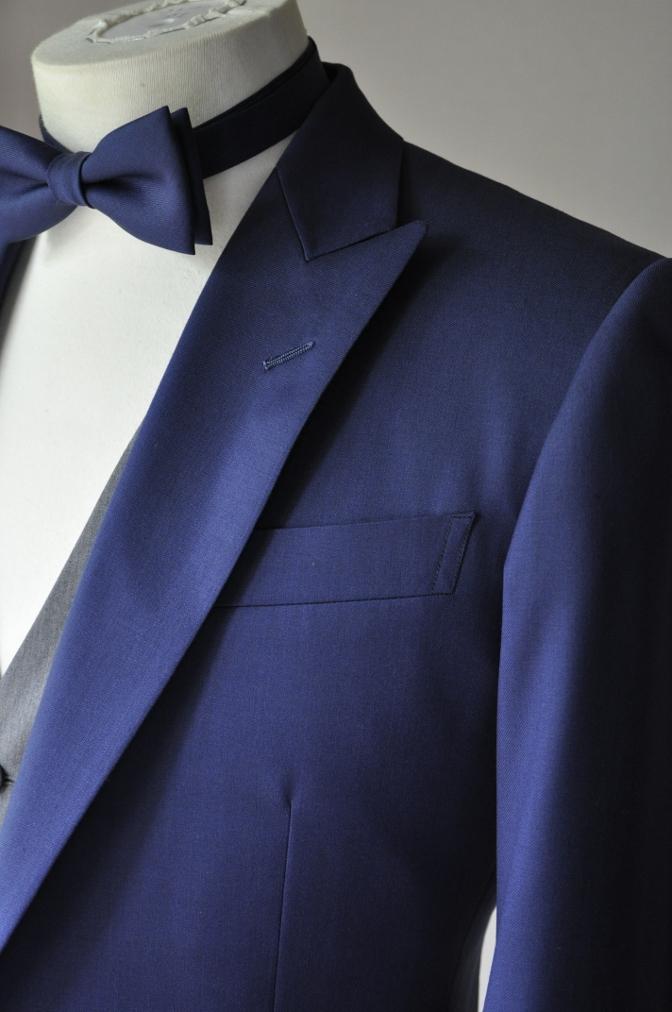 DSC2790 お客様のウエディング衣装の紹介-BIELLESIネイビースーツ グレー/ホワイトベスト-