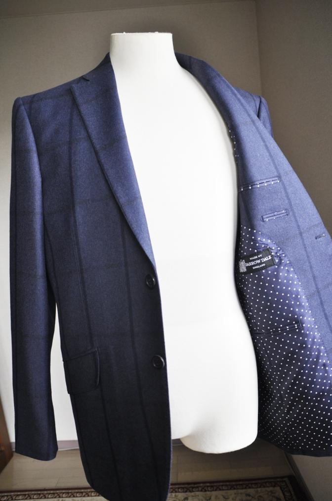 DSC2800 お客様のスーツの紹介-DARROW DALE ネイビーチェック-