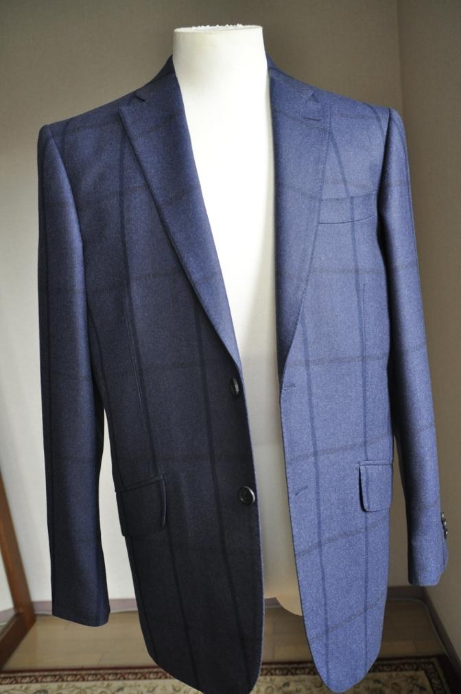 DSC2804 お客様のスーツの紹介-DARROW DALE ネイビーチェック-