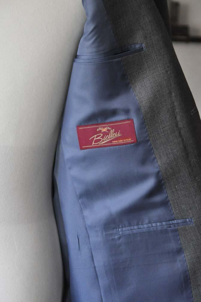 DSC28072 お客様のスーツの紹介- Biellesi 無地グレー スーツ-