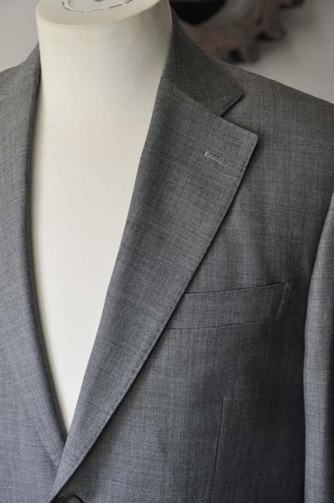 DSC28102 お客様のスーツの紹介- Biellesi 無地グレー スーツ-