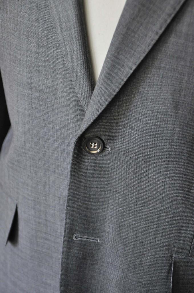 DSC28131-680x1024 お客様のスーツの紹介- Biellesi 無地グレー スーツ-
