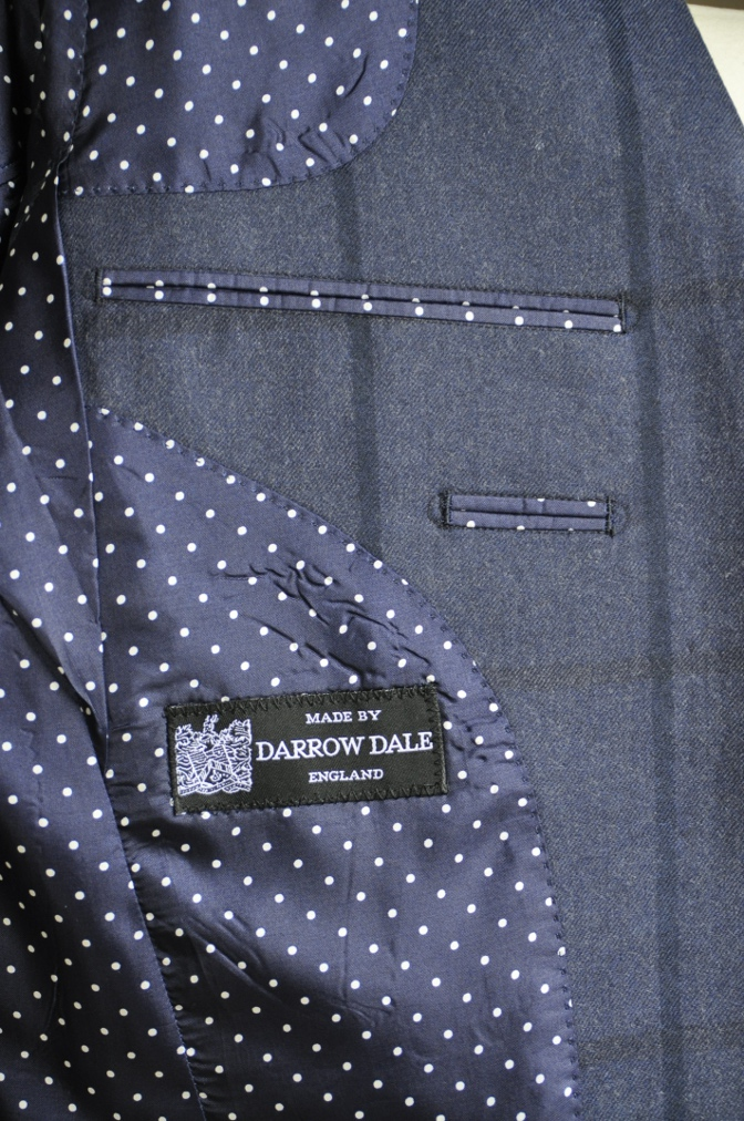 DSC2814 お客様のスーツの紹介-DARROW DALE ネイビーチェック-