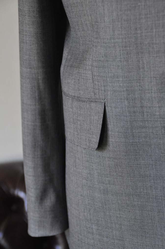 DSC28141 お客様のスーツの紹介- Biellesi 無地グレー スーツ-