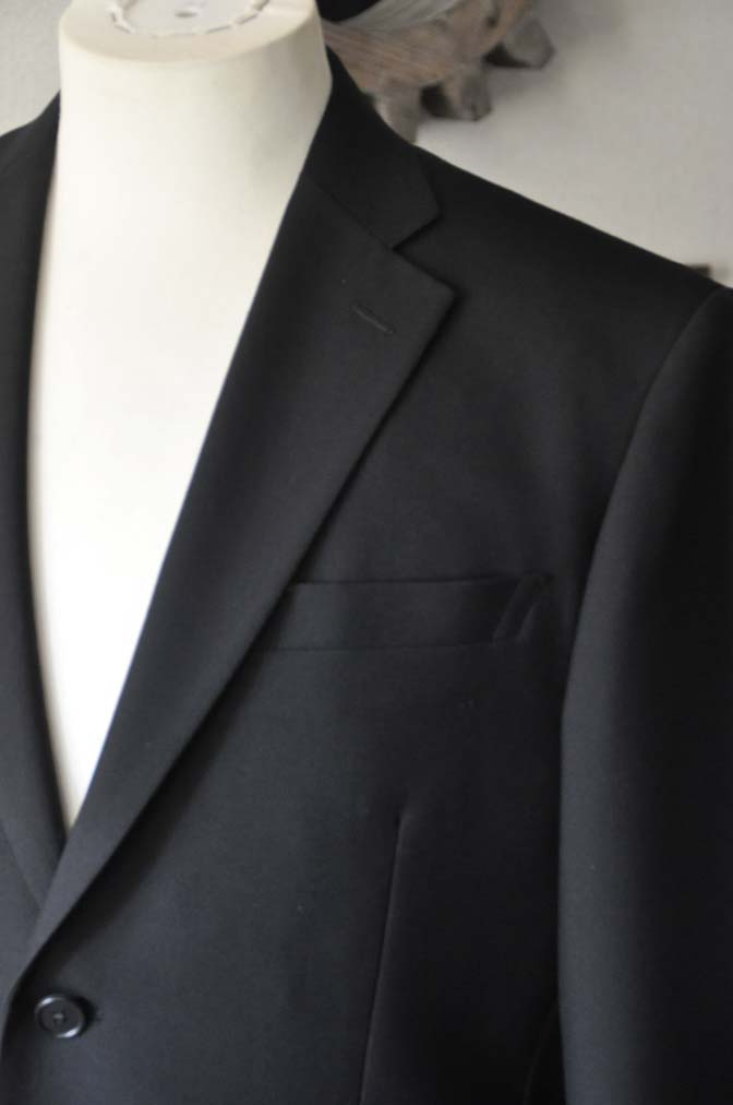 DSC2836 お客様の礼服の紹介- 御幸毛織-