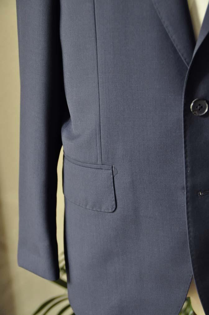 DSC2842 お客様のスーツの紹介-DARROW DALE 無地ネイビースーツ-