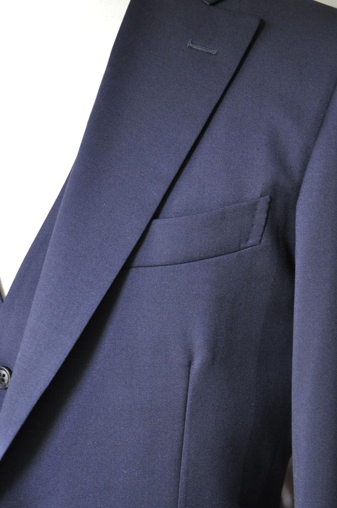 DSC2858 お客様のスーツの紹介-Biellesi 無地ネイビー スリーピース -