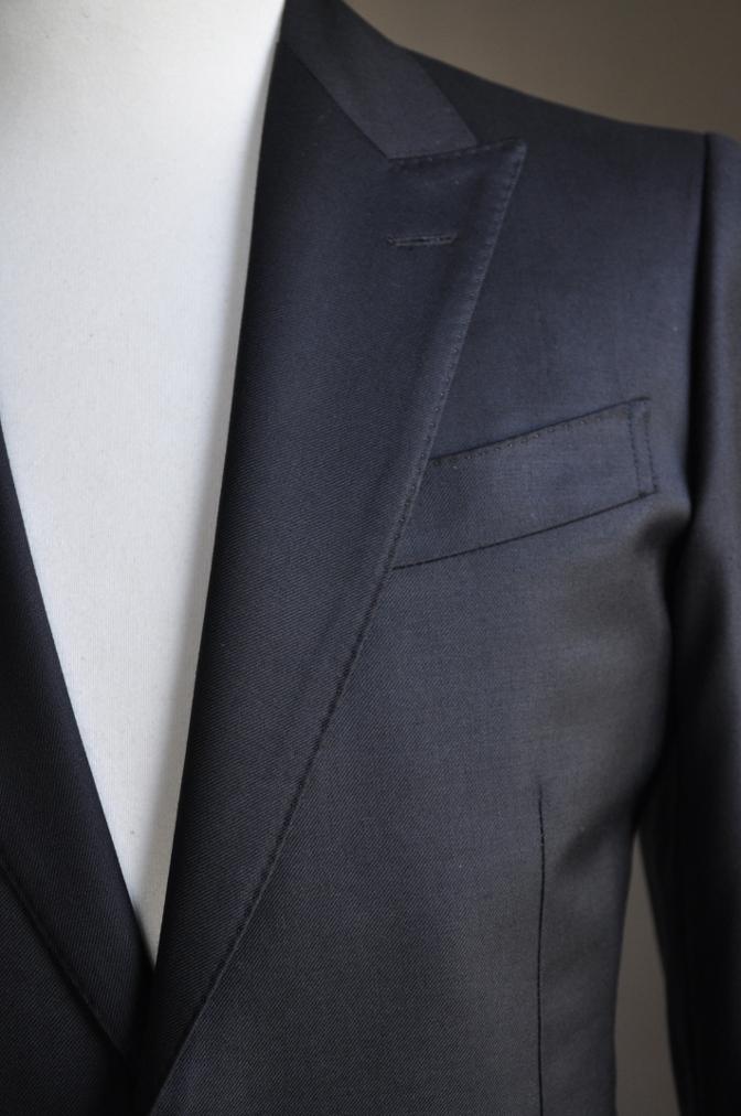 DSC2862 お客様のスーツの紹介-BIELLESI ブラックスーツ-