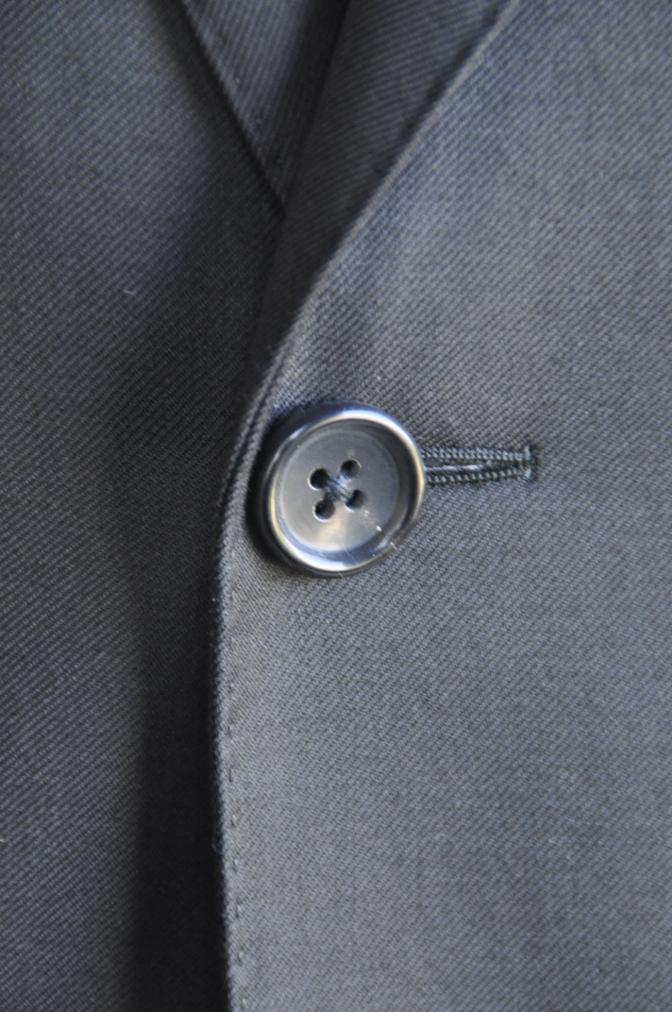 DSC2865 お客様のスーツの紹介-BIELLESI ブラックスーツ-