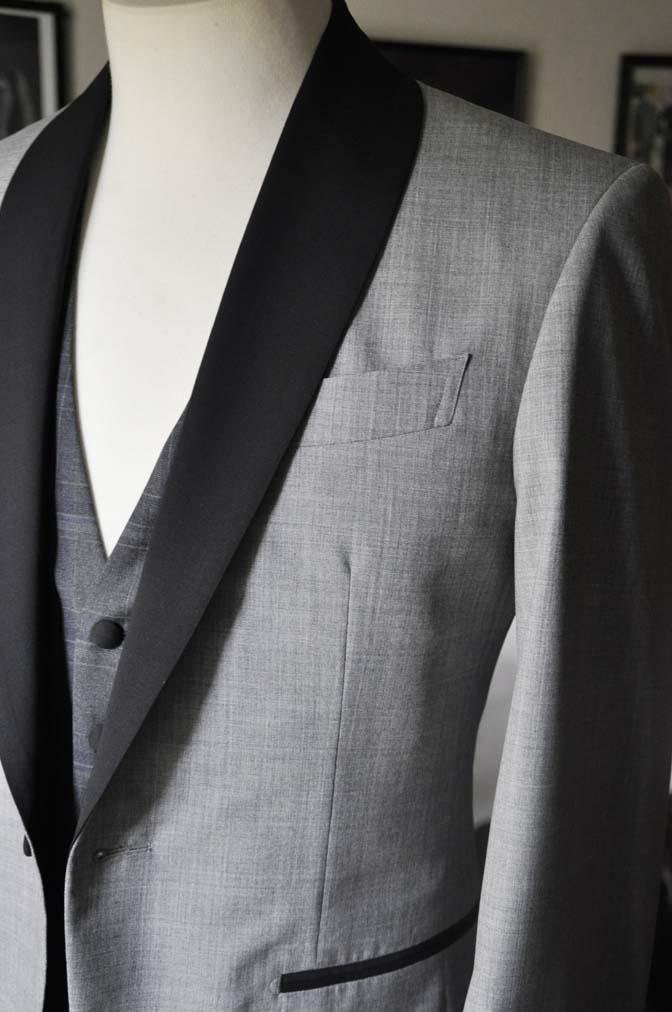 DSC2890 お客様のウエディング衣装の紹介-ショールカラージャケット チェックベスト ブラックパンツ-