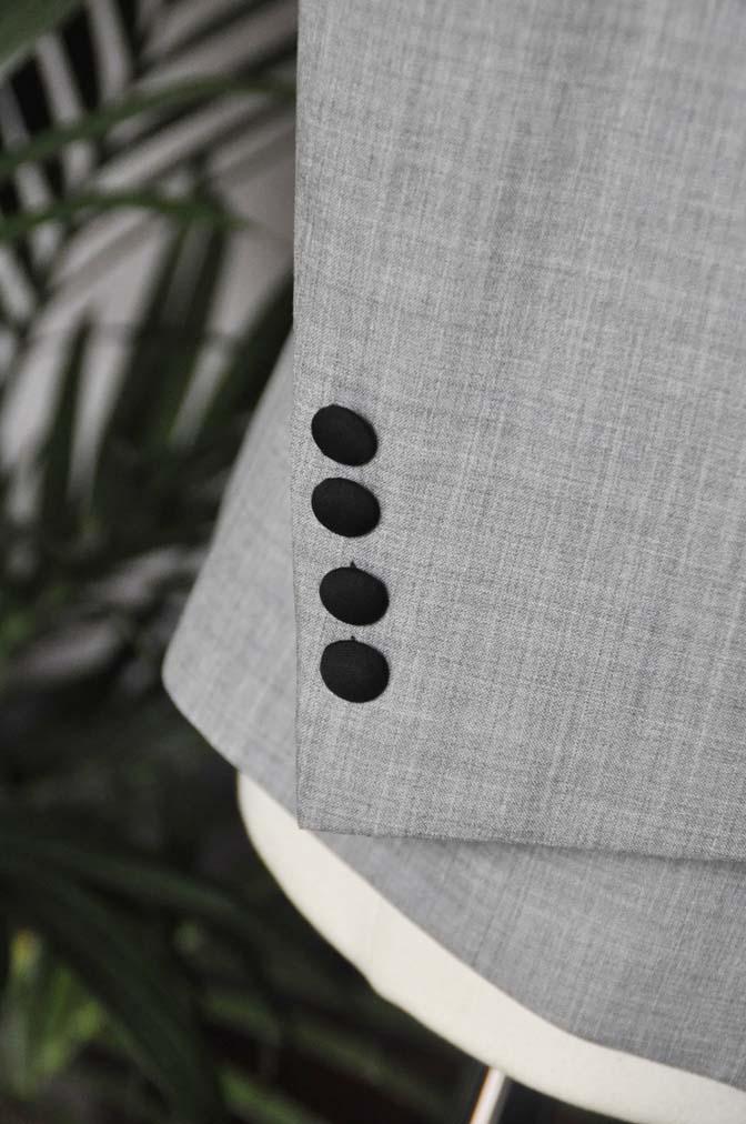 DSC2896 お客様のウエディング衣装の紹介-ショールカラージャケット チェックベスト ブラックパンツ-