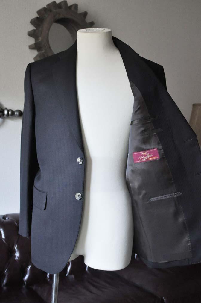 DSC2906 お客様のスーツの紹介- Biellesi ブラックヘリンボーンスーツ-