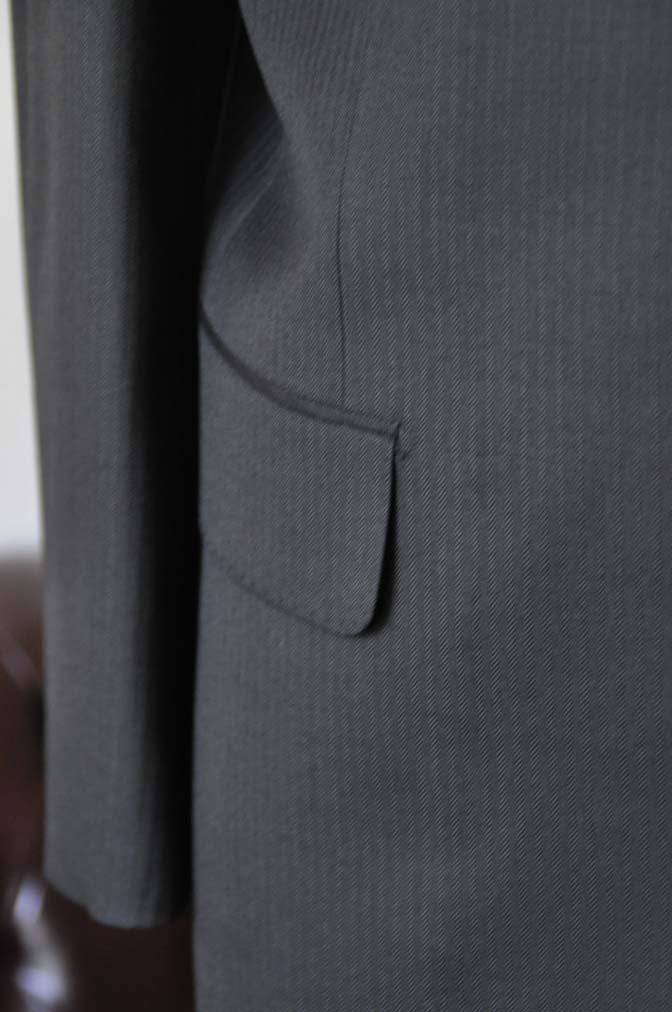 DSC2914 お客様のスーツの紹介- Biellesi ブラックヘリンボーンスーツ-