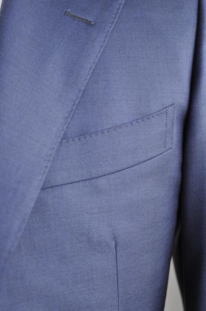DSC2952 お客様のスーツの紹介-CANONICO 無地ネイビースリーピース-