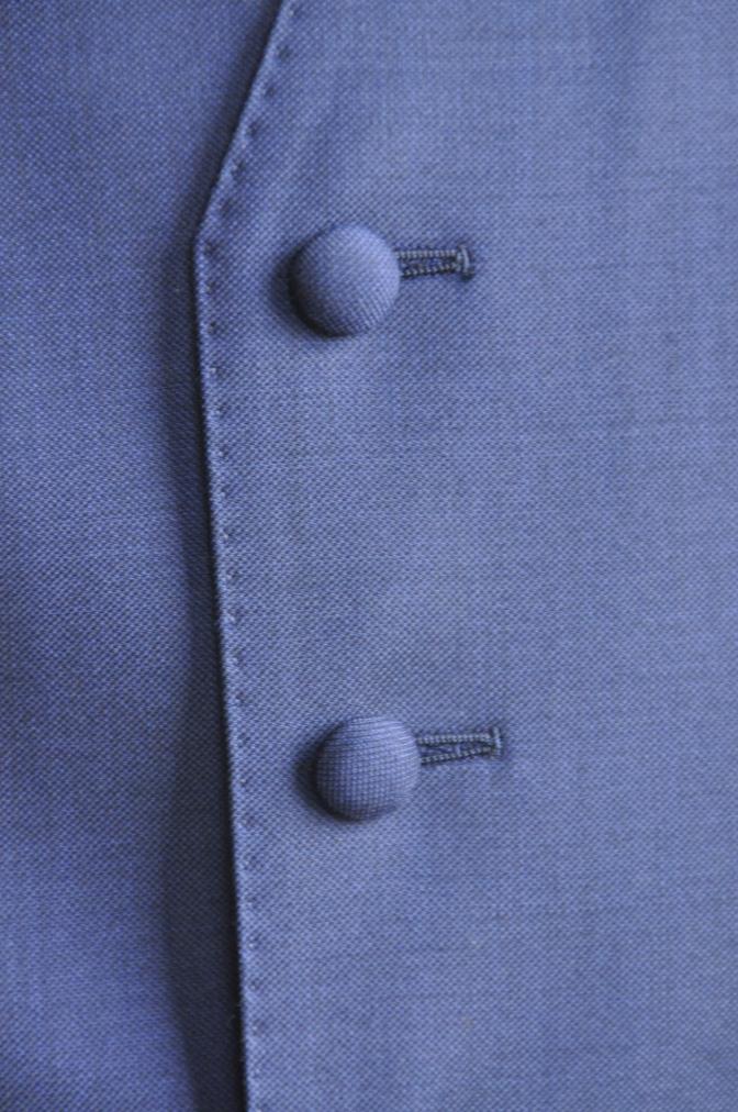 DSC2960 お客様のスーツの紹介-CANONICO 無地ネイビースリーピース-