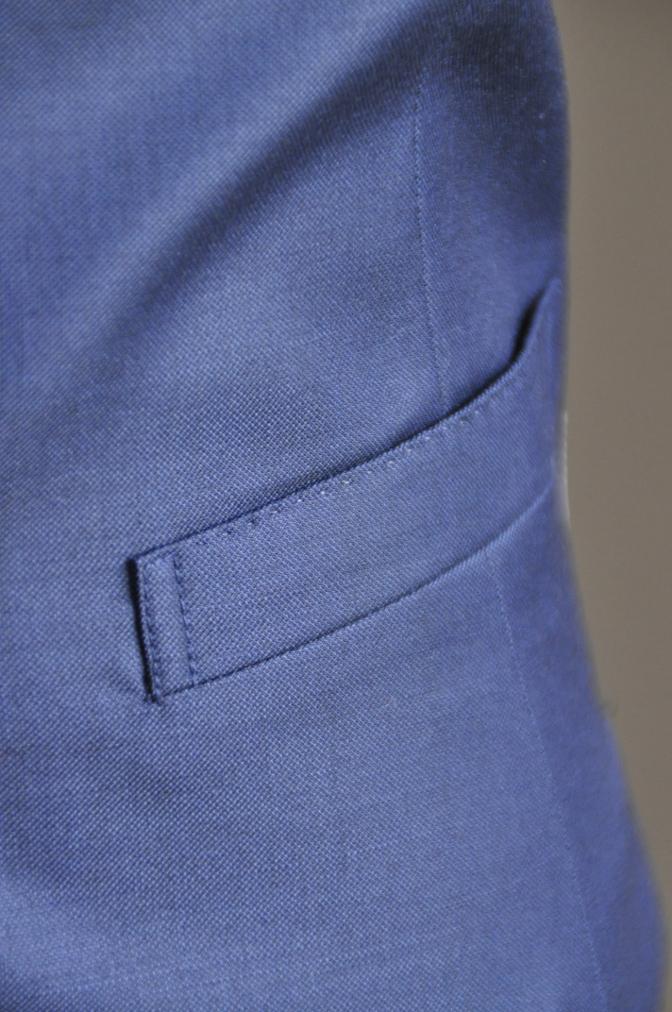 DSC2961 お客様のスーツの紹介-CANONICO 無地ネイビースリーピース-