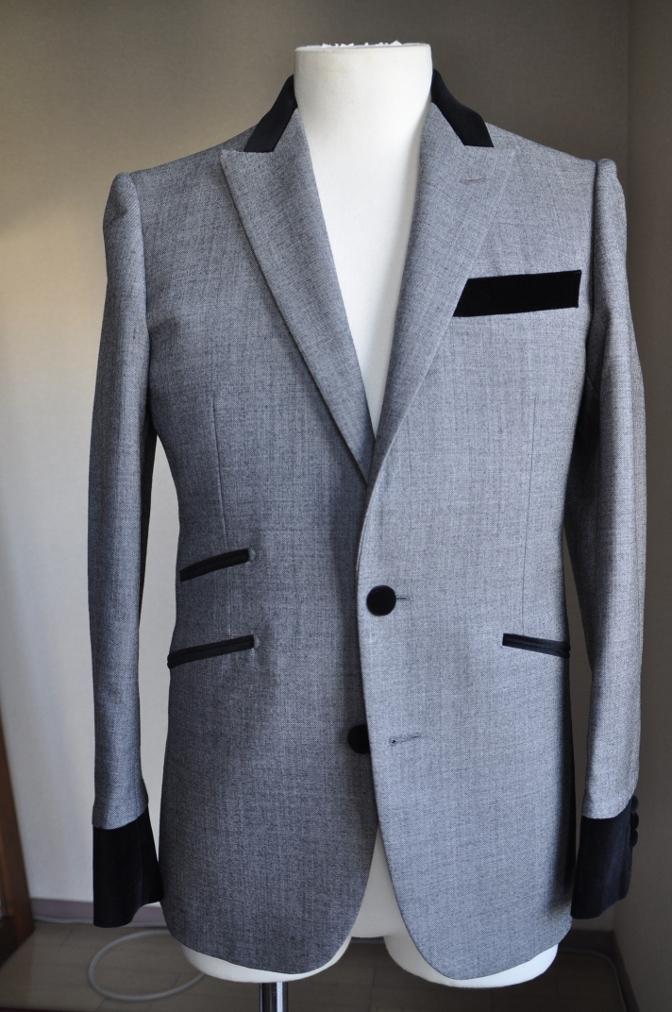 DSC3010 お客様のジャケットの紹介-グレー エドワードジャケット-