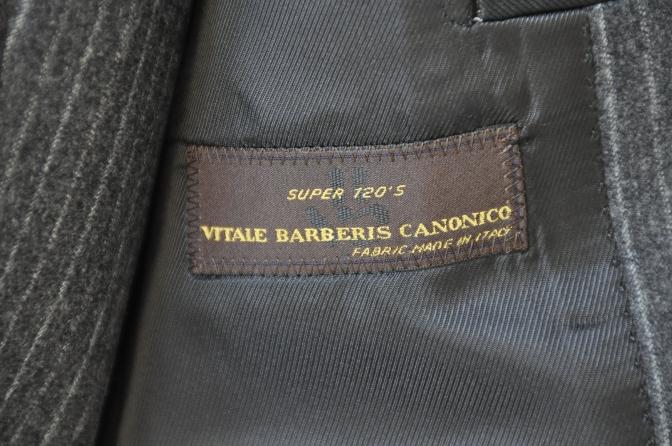 DSC3082 お客様のスーツの紹介-CANONICO チャコールグレーフランネルストライプ-