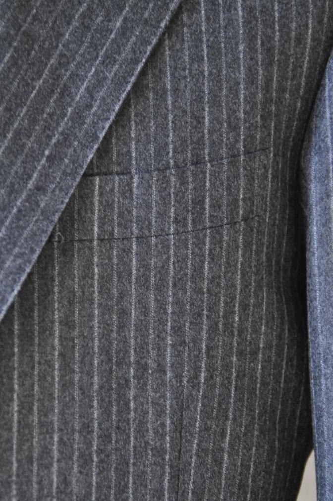 DSC3085 お客様のスーツの紹介-CANONICO チャコールグレーフランネルストライプ-