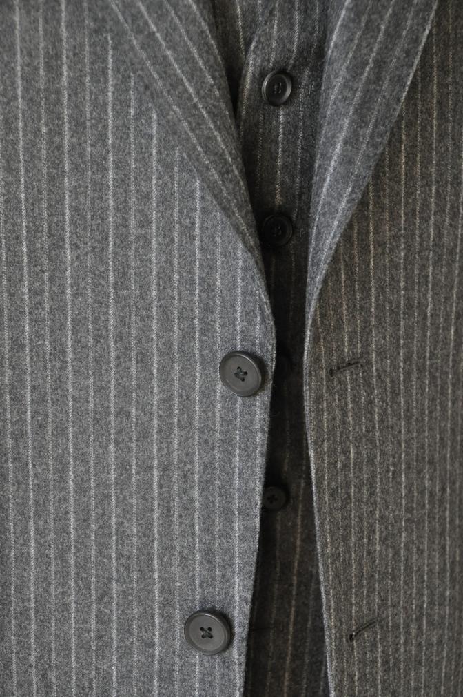 DSC3086 お客様のスーツの紹介-CANONICO チャコールグレーフランネルストライプ-