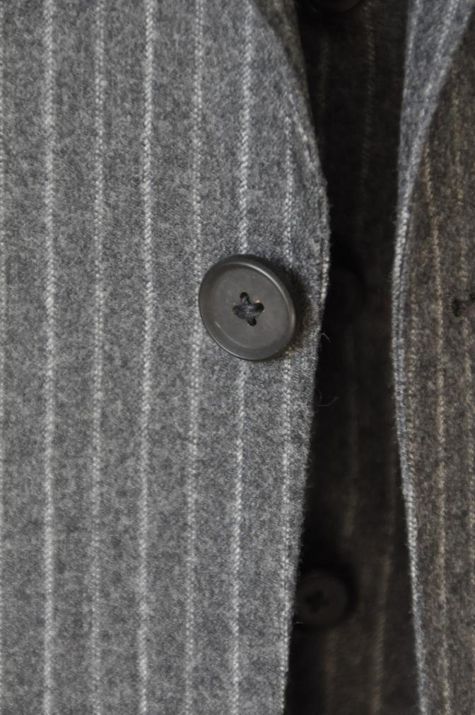 DSC3087 お客様のスーツの紹介-CANONICO チャコールグレーフランネルストライプ-