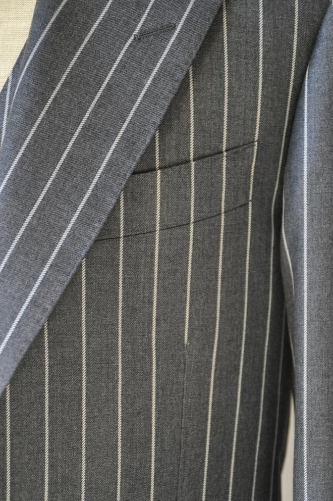 DSC3104 お客様のスーツの紹介-BIELLESI グレーストライプ スリーピース-