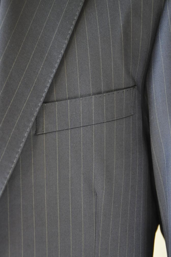 DSC3116 お客様のスーツの紹介-BIELLESI ネイビーストライプ スリーピース