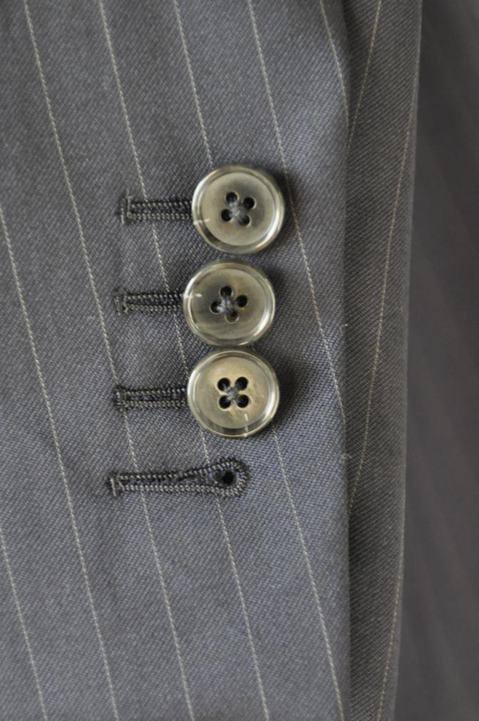 DSC3120 お客様のスーツの紹介-BIELLESI ネイビーストライプ スリーピース