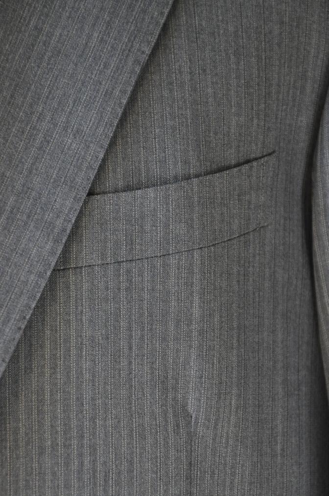 DSC3133 お客様のスーツの紹介-グレーストライプ-