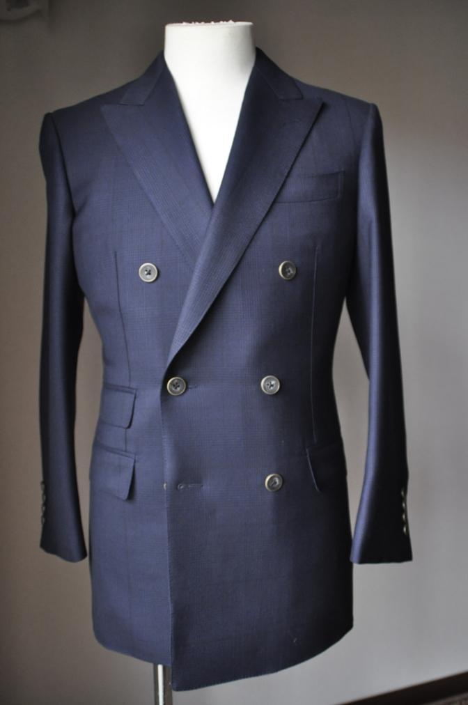 DSC31511 お客様のスーツの紹介-DARROW DALE ネイビーグレンチェック-