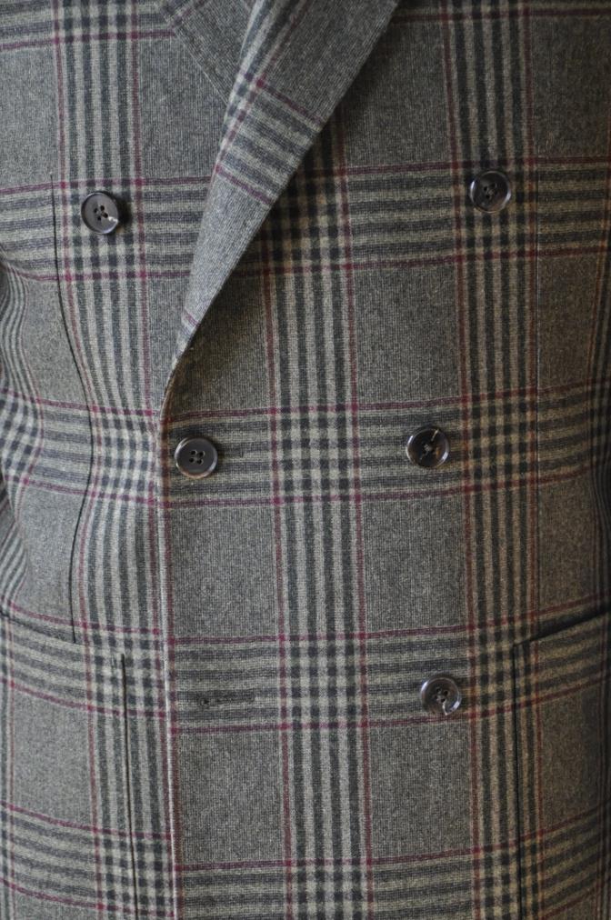 DSC3154 お客様のスーツの紹介-TALLIA DI DELFINO グリーンチェックダブルスーツ-